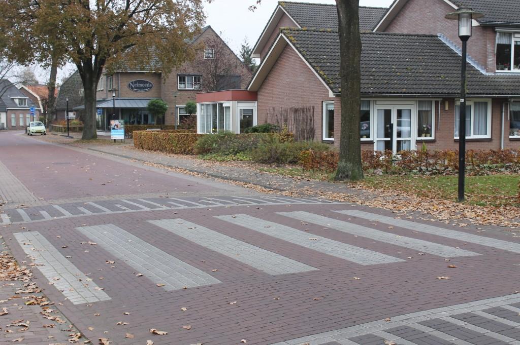 oversteekplaats Coöp (was Golff) naar JT. Seinenhof